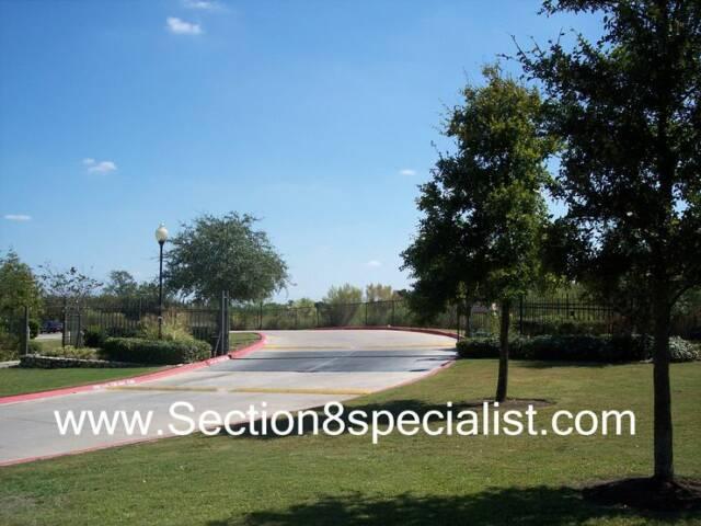 WE FIND Austin section 8 Apartments Central East Austin ...